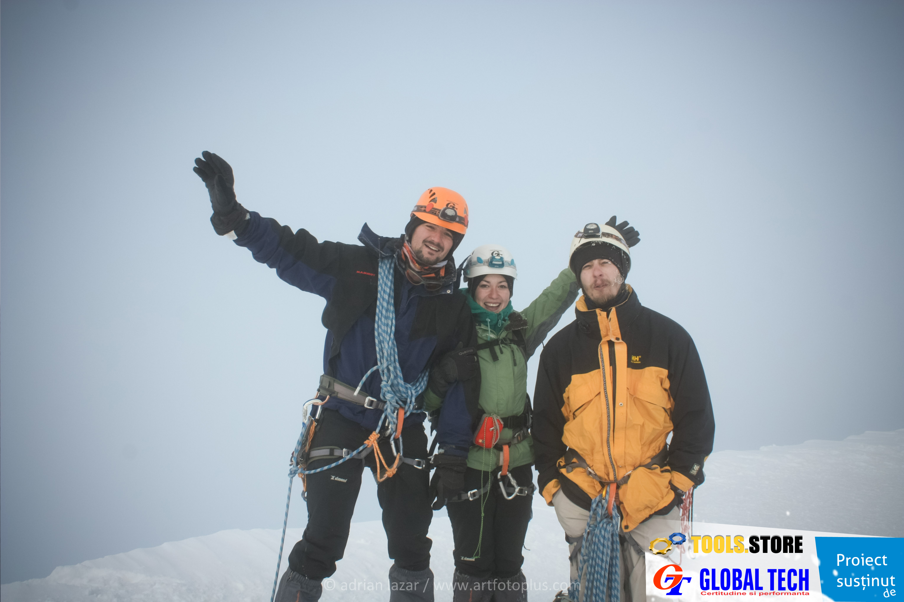 Expeditie cutezatoare pe Mont Blanc a colegilor nostri