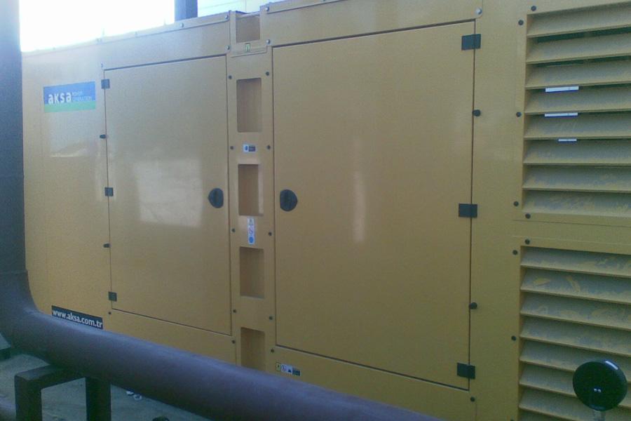 Generator de curent Aksa 490 Kva standby