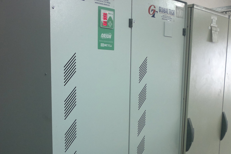 Stabilizator de tensiune 250 KW