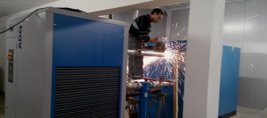 Servicii de instalare si reparatii compresoare, generatoare de curent prin Global Tech